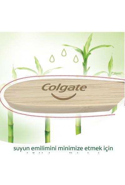 Colgate Bamboo Diş Fırçası Yumuşak %100 Doğal Fırça Sapı