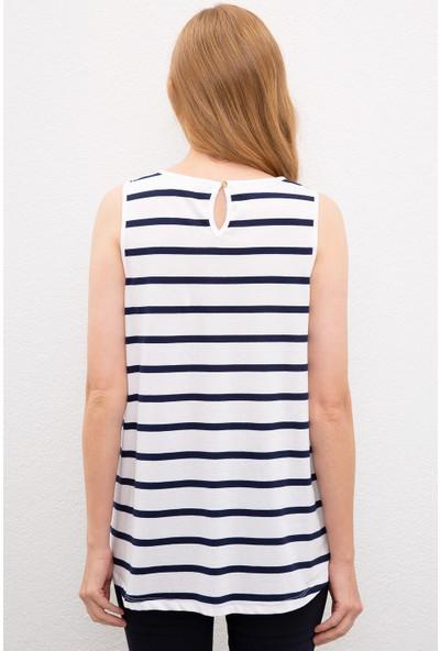 U.S. Polo Assn. Kadın Beyaz T-Shirt 50202623-Vr013