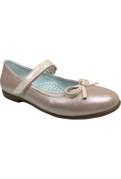 Ortaç FiletBabet Pembe Parlak Kız Çocuk Ayakkabı Cırtlı İçi Deri