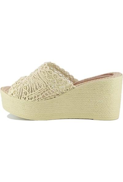 Eşle Ayakkabı 20Y Fendi 103 Kadın Terlik Bej