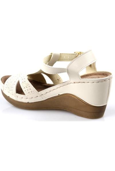Carla Verde 170605.56 Dolgu Topuk Bej Kadın Sandalet