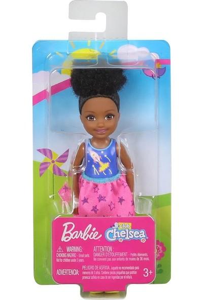 Mattel Barbie Chelsa Bebekler - Uzay Temalı GrafikliEsmer Bebek