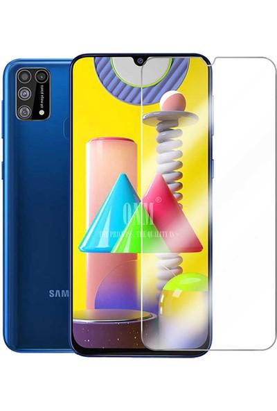 Kzy Samsung M31 Tıpalı Kamera Korumalı Şeffaf Premier Kılıf + Temperli Ekran Koruyucu Cam