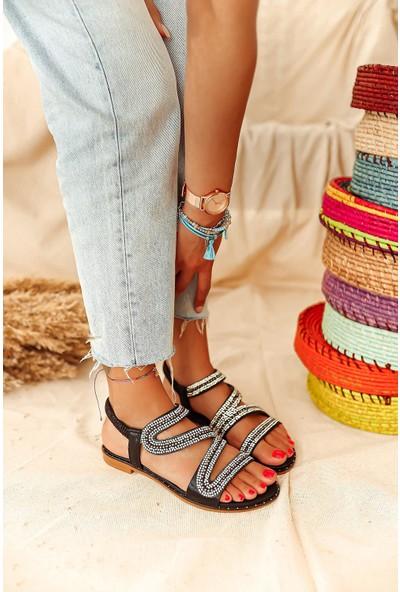 Limoya Adeline Siyah Taş Detaylı Sandalet