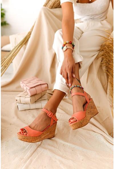 Limoya Amour Mantar Dolgu Topuklu Sandalet