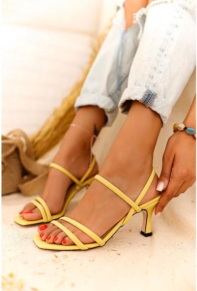Limoya Hadleigh Bantlı Kısa İnce Topuklu Sandalet