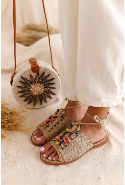Limoya Cayla Deri Boncuk Detaylı Bilekten Bağlamalı Sandalet