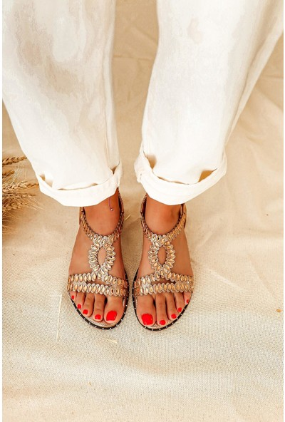 Limoya Devin Roz Taş Detaylı Sandalet