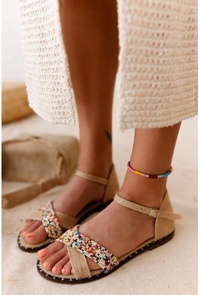 Limoya Hana Hasır Çapraz Taş Detaylı Düz Sandalet