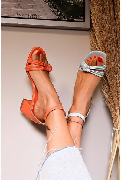 Limoya Melina Bant Detaylı Alçak Topuklu Sandalet