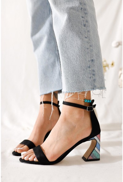 Limoya Tyler Topuk Detaylı Tek Bant Sandalet