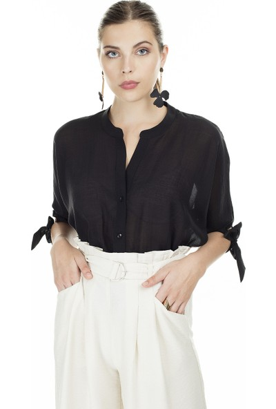 Ayhan V Yaka Bağlama Detaylı Kadın Bluz 04681399