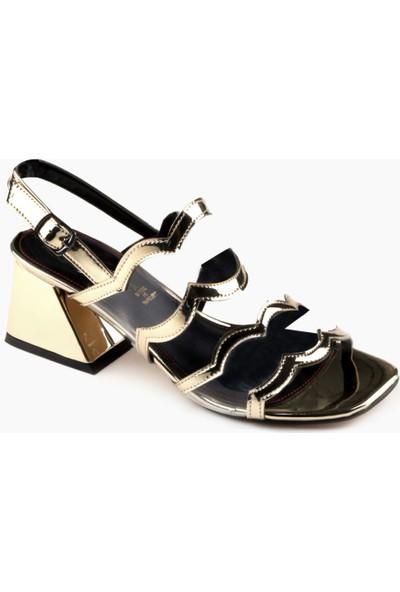 Nicoletta Gold Ayna Bilekten Bağlamalı Kalın Topuklu Kadın Sandalet