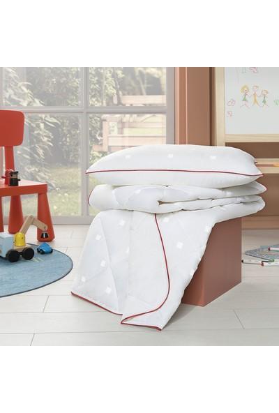 Yataş Bedding Dacron® 95 Çocuk Yastık 630 gr (45X65 Cm)