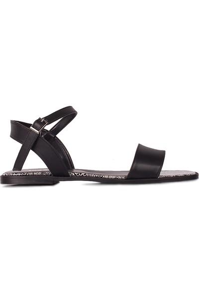 Loggalin 111602 941 Kadın Siyah Sandalet