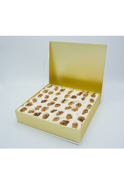 Selimzade Öz Hicret Şekerleme Cevizli Beyaz Lokum 900 gr
