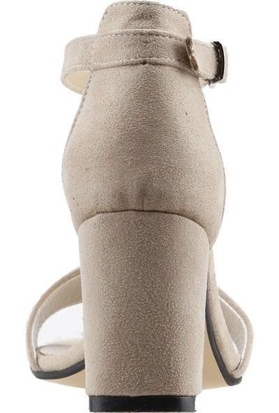 Ayakland Bsm 62 Süet 7 cm Topuk Kadın Sandalet Ayakkabı Bej