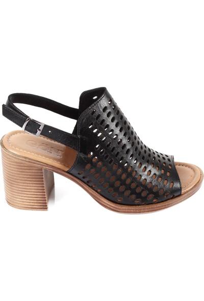 Gön Deri Kadın Sandalet 45844