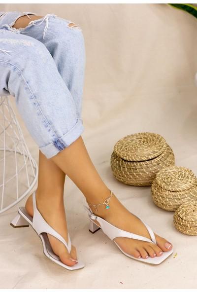 Pabucmarketi Confort Kadın Krem Cilt Topuklu Sandalet