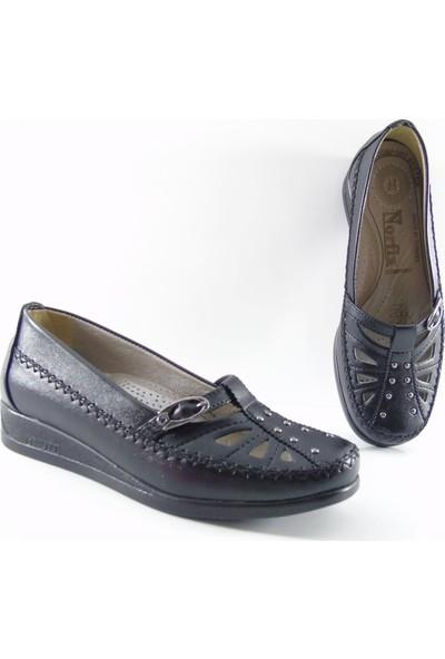 Norfix Deri İç Astarlı Tokalı Kadın Ayakkabı Siyah - 402