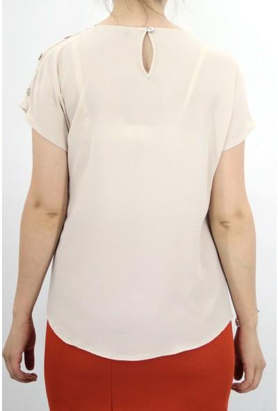 More 8000 Kadın Yuvarlak Yaka Omuz Düğme Detaylı Krem Bluz