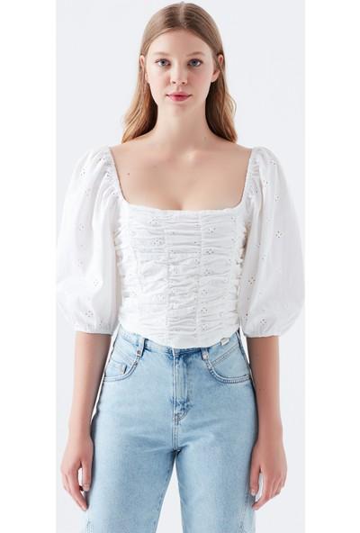 Mavi Balon Kollu Beyaz Bluz