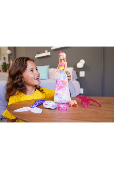 Barbie Dreamtopia Dönüşen Prenses Bebek Oyun Seti GJK40
