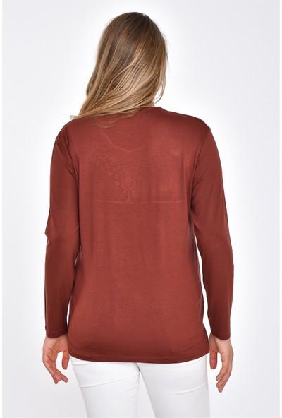 Accort 2043-Kadın Beşgen Yaka Penye Bluz