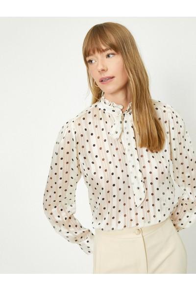 Koton Parlak Puantiye Desenli Fular Detaylı Bluz