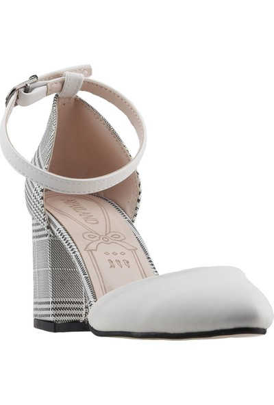 Ayakland 111012-347 5 cm Topuk Kadın Ekose Sandalet Ayakkabı
