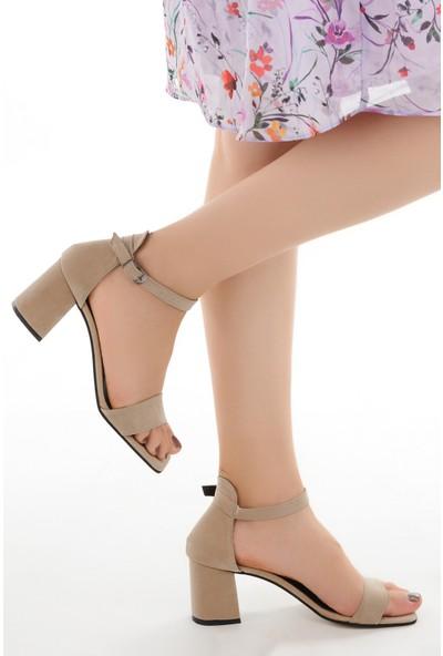 Ayakland 6470-05 Süet 7 cm Topuk Kadın Sandalet Ayakkabı