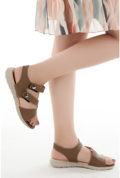 Ayakland Cns 01 Günlük Cırtlı Kadın Sandalet