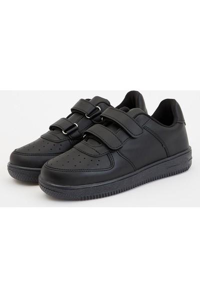 Defacto Erkek Çocuk Cırtcırtlı Ayakkabı