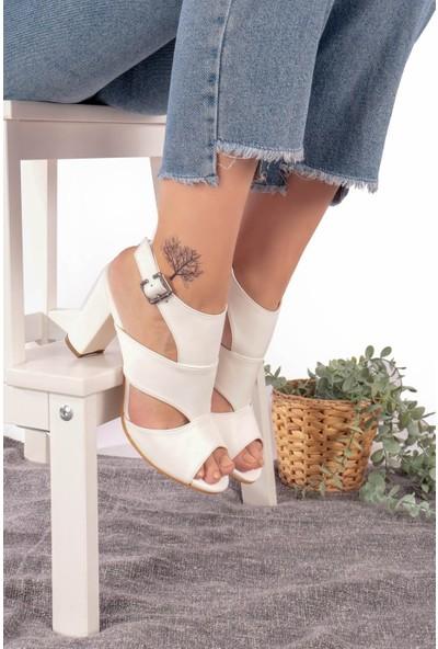 Hayalimdeki Ayakkabı Cassie Topuklu Beyaz Cilt Sandalet