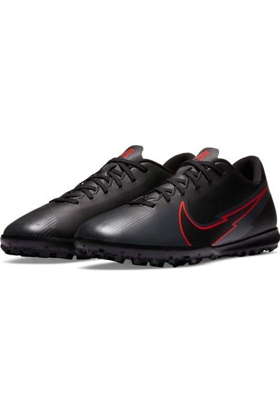 Nike AT7999 060 Vapor 13 Club Erkek Halı Saha Kramponu