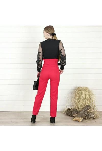 Buketli V Yaka Kol Desenli Kadın Bluz - Siyah