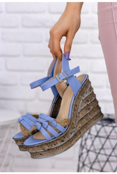 Erbilden Avis Bebe Mavisi Cilt Dolgu Topuk Sandalet