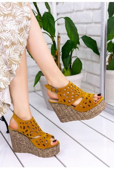 Erbilden Luya Hardal Süet Dolgu Topuk Sandalet