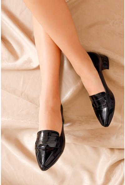 Hayalimdeki Ayakkabı Luna Topuklu Siyah Rugan Ayakkabı