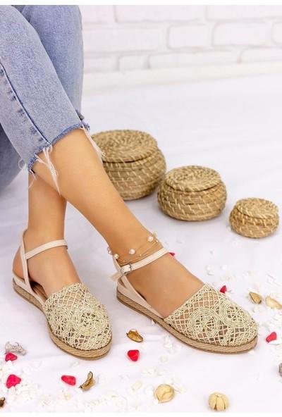 Erbilden Nyal Gold Örgülü Sandalet