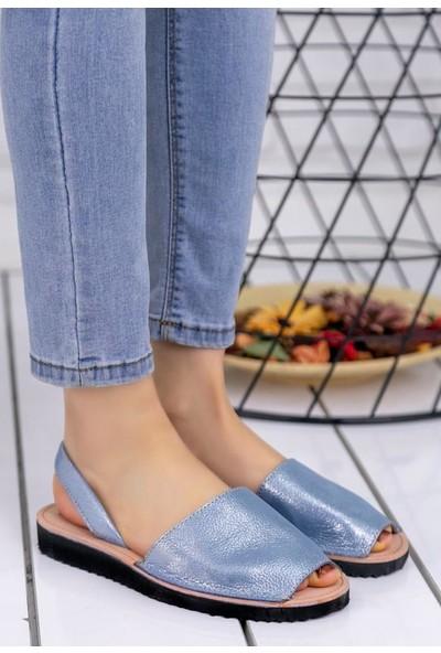 Erbilden Samiye Mavi Cilt Desenli Sandalet