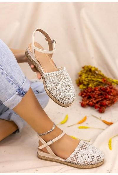 Erbilden Nyal Gümüş Örgülü Sandalet