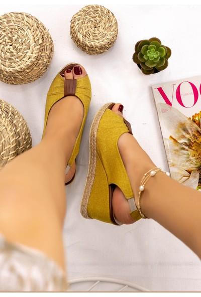Erbilden Tanye Hardal Keten Dolgu Topuk Sandalet