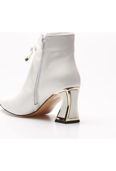 Rovigo Plus Beyaz Kırışık Rugan Kadın Bot