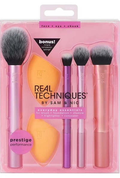 Real Techniques Everyday Essentials + Sugar Crush Miracle Complexion Sponge