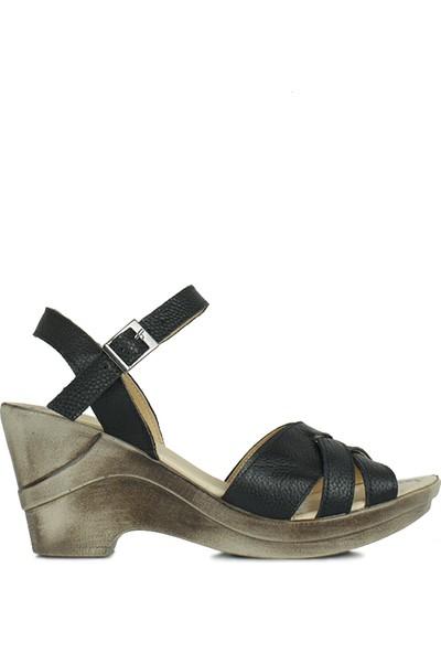 Erkan Kaban 2261 014 Kadın Siyah Dolgu Topuk Ayakkabı