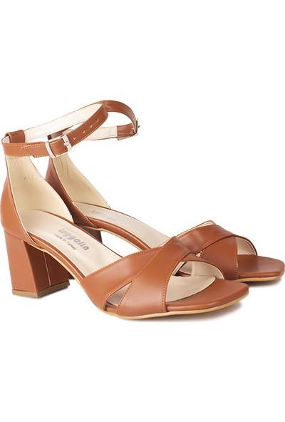 Loggalin 520060 167 Kadın Taba Sandalet