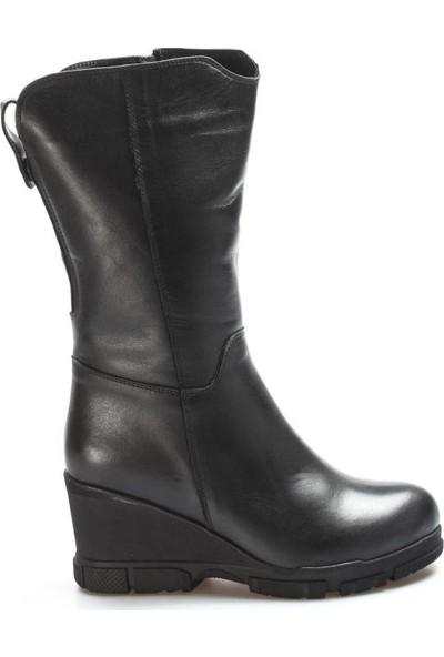 Fast Step Deri Kürklü Kadın Dolgu Topuk Çizme 407KZA3316