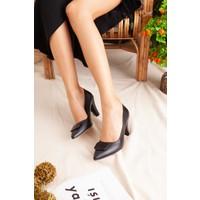 Limoya Scarlet Siyah Tokalı Kısa Topuklu Stiletto