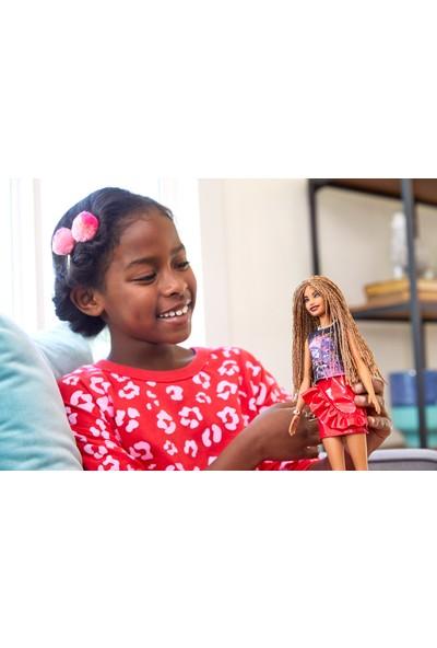 Barbie Fashionistas Bebek ve Aksesuarları Örgü Saçlı, Kırmızı Etekli FXL56
